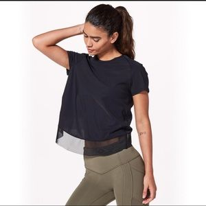 Lululemon Black pace shirt